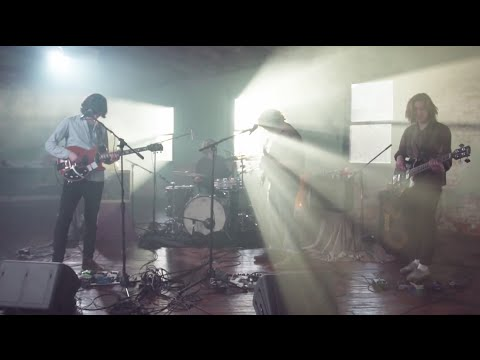 """HotBox Session: The Districts - """"4th and Roebling"""""""