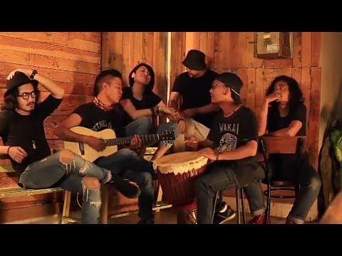 Tony Q rastafara ft. Riffy putri - Satu cinta indonesia ( video )