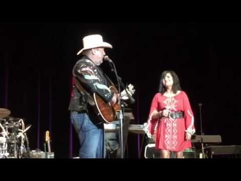 Johnny Lee - Yellow Rose of Texas - Live Mitchell, SD 5-20-16