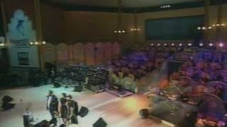 The Corrs - O Surdatto Nammuratto (Pavarotti & Friends