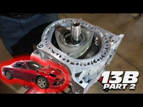 ASSEMBLING THE FD RX-7's 13B ROTARY ENGINE!!!!!