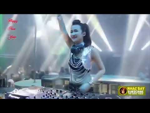 DJ Trang Moon 2019 Bass Đập Tức Ngực Dành Cho Tết Nhạc Sàn Cực Mạnh 2019 | Những bài hát hay nhất mọi thời đại 1
