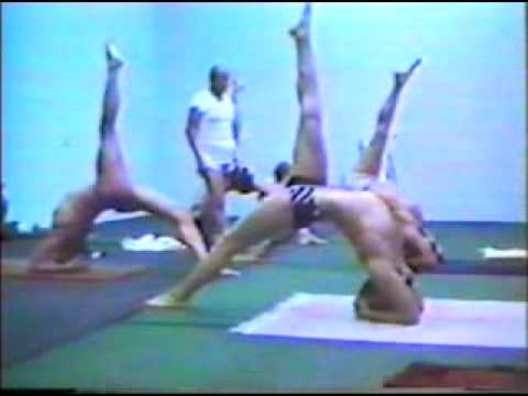 05: Advanced Ashtanga practice with Sri K. Pattabhi Jois - YouTube