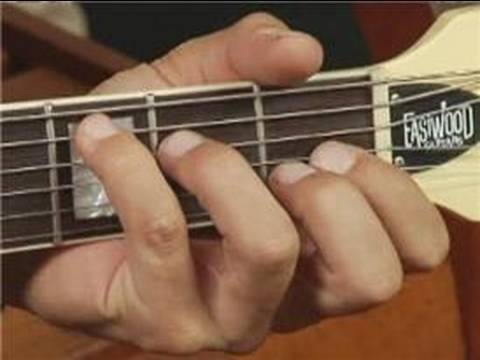 Play E Aug Chord on the Guitar: Root Position : Guitar Chord Dictionary 10