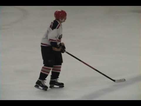 Hockey at age 87 (Serty)