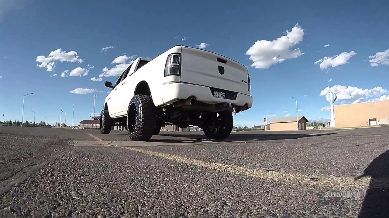 Lifted Ram 1500 >> Lifted Dodge Ram On 22x12 Rims and 35 Inch Tires - YouTube