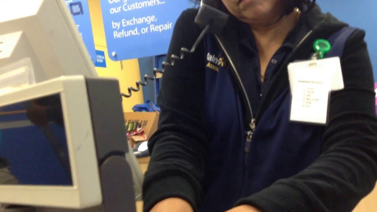 Walmart Customer Service calling Loss Prevention on me for not getting  sticker