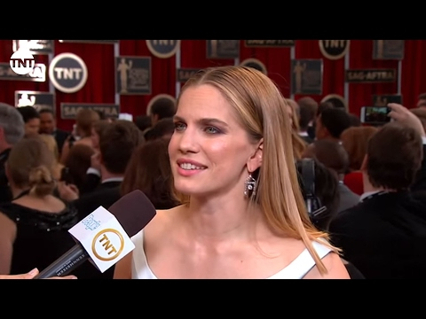 Anna Chlumsky I SAG Awards Red Carpet 2015 I TNT