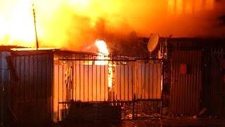 видео В Геленджике загорелся барак