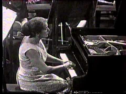 Annie Fischer plays Beethoven: Klavierkonzert c- moll