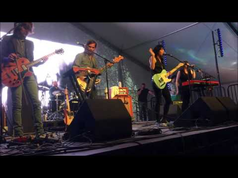 Thao and The Get Down Stay Down - Live at Desert Daze, Wright Tent 10/14/2016