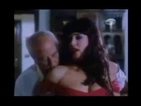 فيفي عبده عارية في مشهد جنسي جسم فاجر