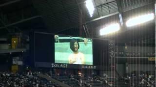 2010年5月21日(金)横浜ベイスターズ戦(札幌ドーム)でPENGIN feat. U...