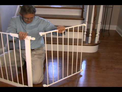 retractable indoor gate