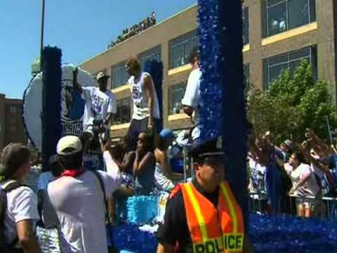 Dallas crowds celebrate Mavericks' basketball victory