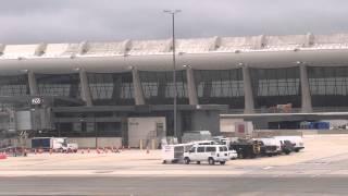 機窓からのワシントン、ダレス空港着陸 - ANA - B777-300ER