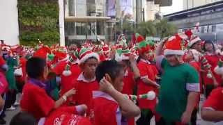 Santa's Elves at Siam Paragon... Bangkok, Thailand Thumbnail