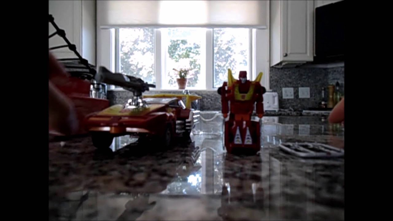 Worlds Smallest Transformers WSTF G1 HOT ROD unboxing Mike