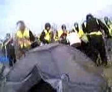 Download festival 2006 riot police