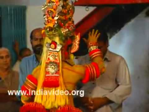 Parassinikkadavu, Theyyam, Muthappan temple, Ritual dance, Kannur, Kerala, India   YouTube