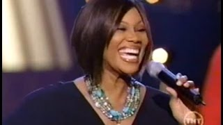 Yolanda Adams - Oh, Come, All Ye Faithful