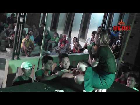KANGGO RIKO   EVIS RENATA CAMELIA 2017
