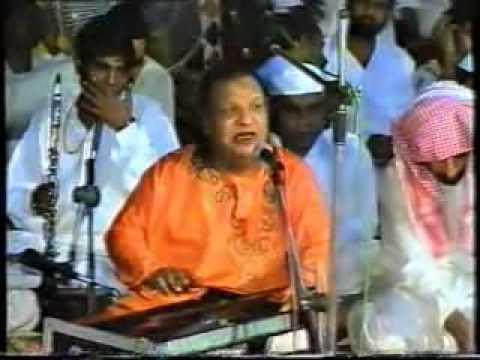 Mere Khoon-e-Arzoo Ko (Aziz Mian Qawwal)