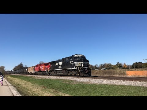 Railfanning in the Milwaukee area 10/27-29/17 with foreign power, BCOL, UP, SC44 charger, and more!