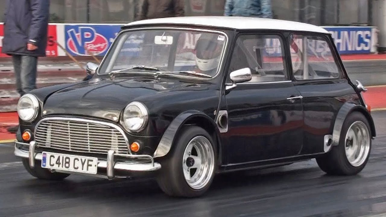 v8 mini cooper at santa pod raceway youtube. Black Bedroom Furniture Sets. Home Design Ideas