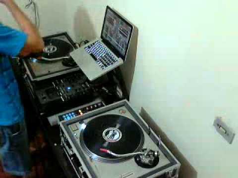 DJ  A. Santaroza - anos 80 e 90 classics!!!