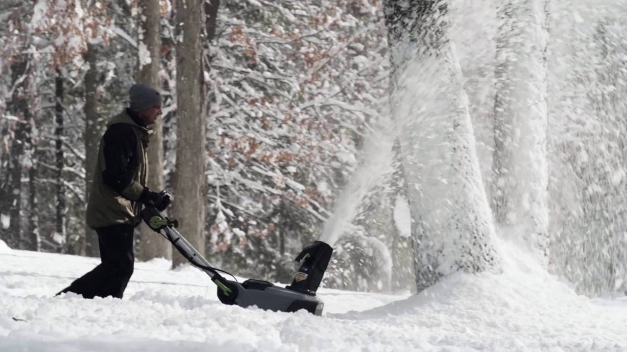 The Best Cordless Snow Blower - 2019