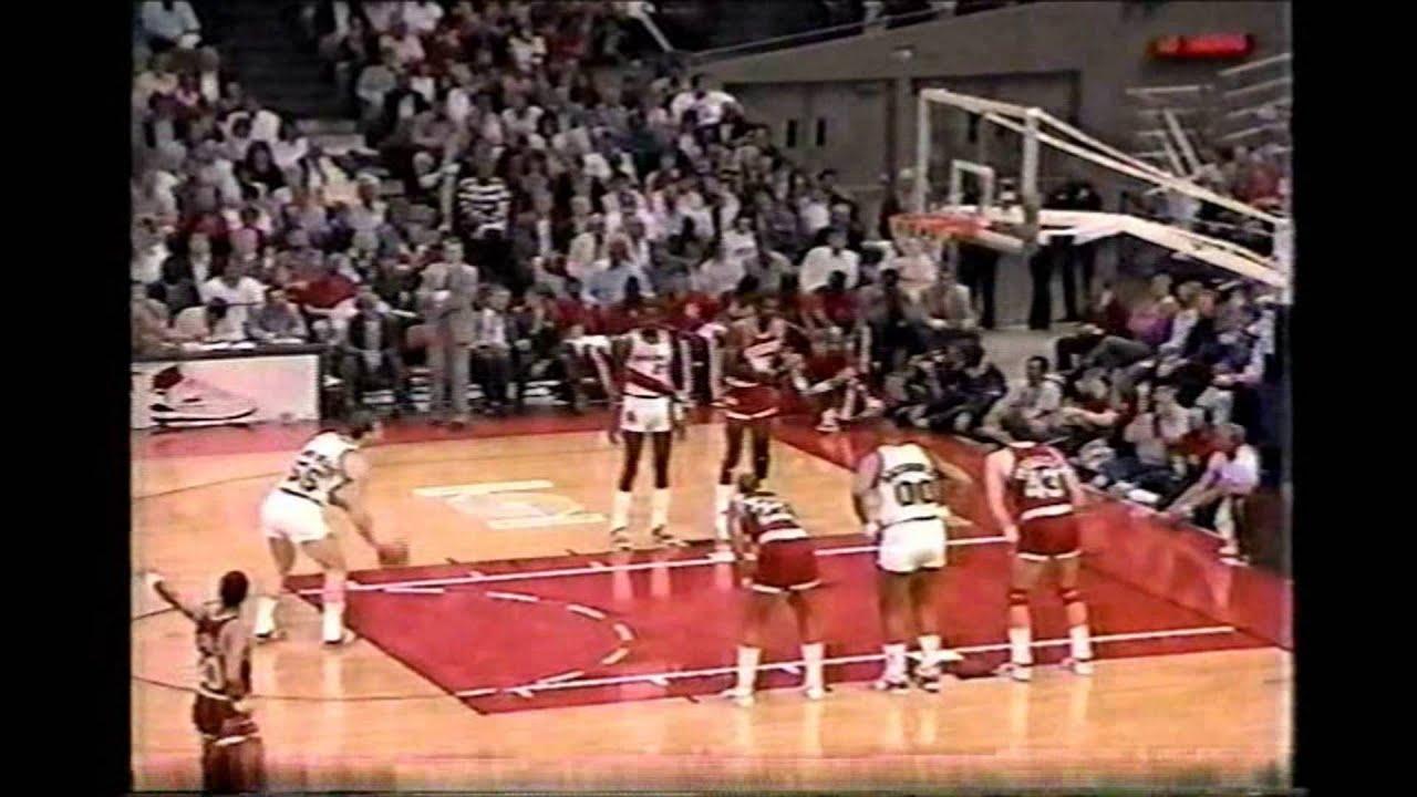 Kiki Vandeweghe 30pts Vs Akeem Olajuwon 30pts 1987 Playoffs