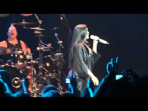 Tarja - Bless the Child (Nightwish cover) - São Paulo (5/4/2012)