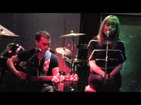 Junebug - A & E(Goldfrapp Cover) - Roxy 171, Glasgow - 02/08/2013