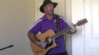 Watch Slim Dusty Things I See Around Me video