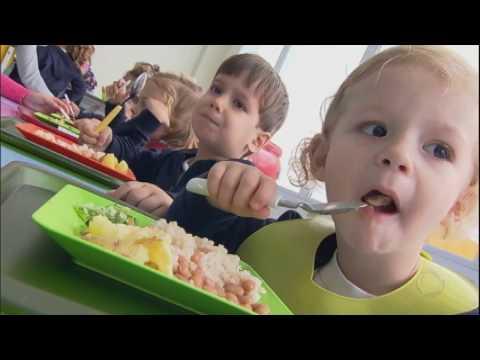 Especialistas Dão Dicas De Como Oferecer Aos Filhos Alimentos Saudáveis