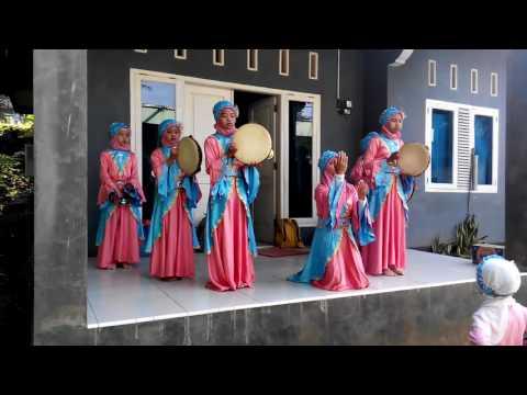 Santri putri madin assalam kalipoh langgongsari Lagu anak islami lomba tingkat kecamatan cilongok