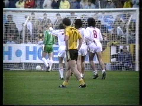 07.11.1987 - Borussia Dortmund - VfB Stuttgart - 2:2