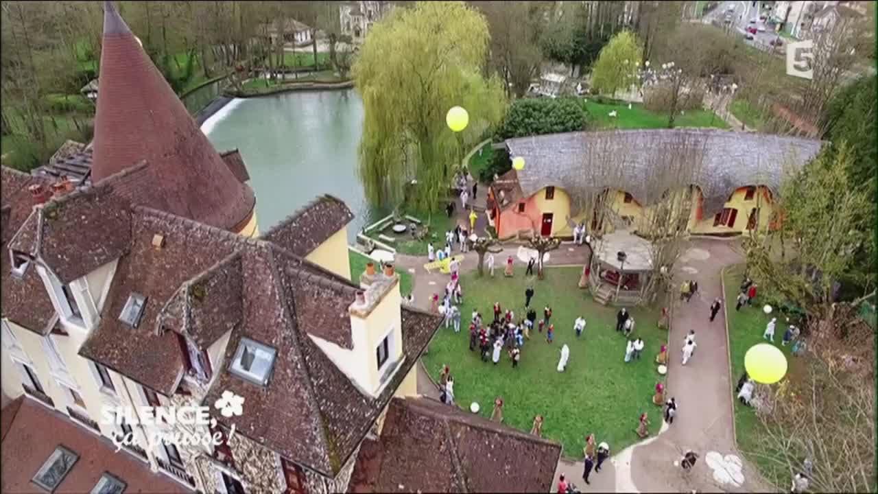 Le jardin du moulin jaune silence a pousse youtube for A la verticale du jardin grenoble