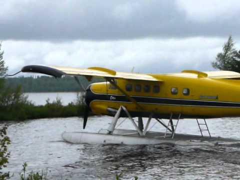Ignace DHC-3 Otter take-off from Agimak Lake
