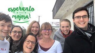 Esperanto estas mojosa! − Esperanto is cool!