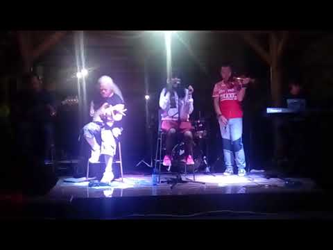 Roman picisan - Afra the band cover (live)