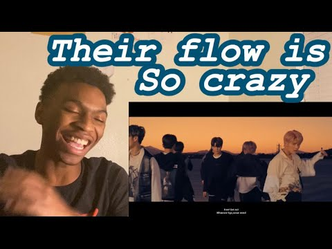 """SINGER REACTION TO  Stray Kids """"Double Knot"""" M/V"""