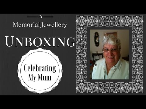 i-had-my-mum's-ashes-made-into-jewellery-|-memorial-unboxing