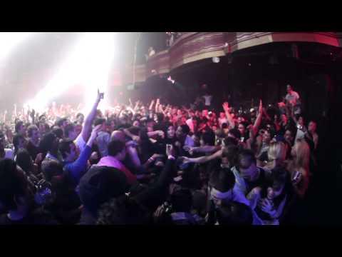 Skrillex stage dive at Webster Hall Mp3