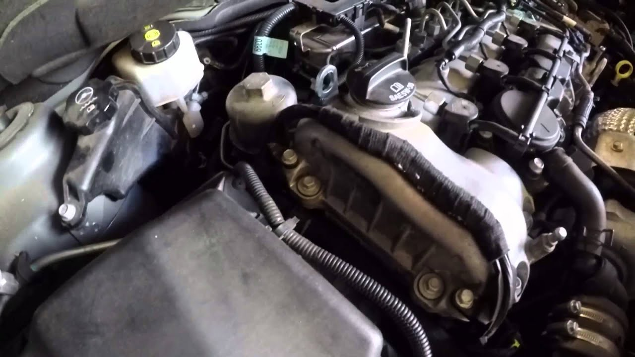 Chevrolet Orlando 2011 oil & filter change - YouTube