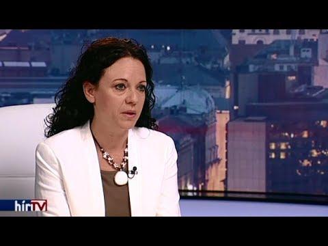 Nyaralnak a betegek, felújítás van. Interjú Szabó Szabó Tímeával.