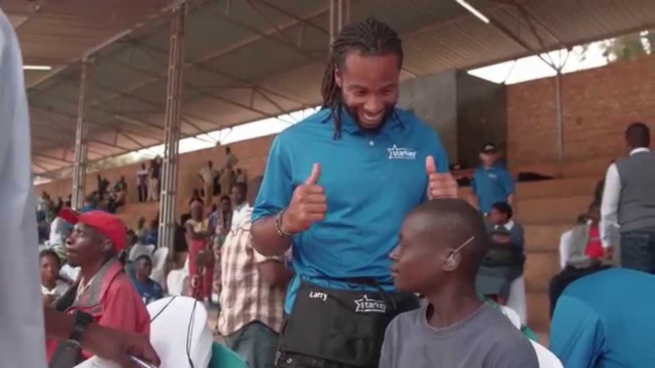 Arizona Cardinals Star Larry Fitzgerald Inspires Off the Football Field