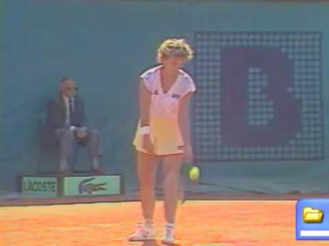Chris Evert vs Lisa Bonder - French Open 1985 (1/2)