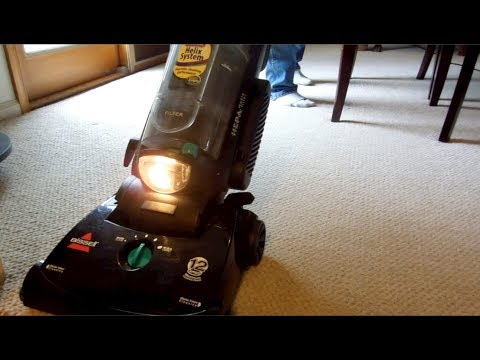2010 Bissell CleanView Helix (82H1) Upright Vacuum Cleaner